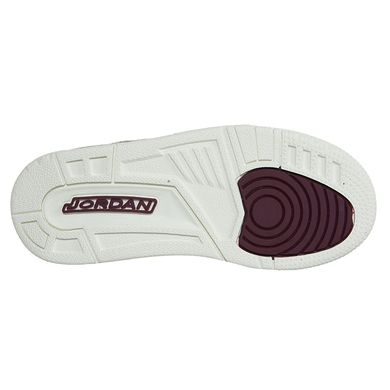 6a9fcd6f18eb Amazon.com  Jordan Girl s Spizike Basketball Shoes  Shoes