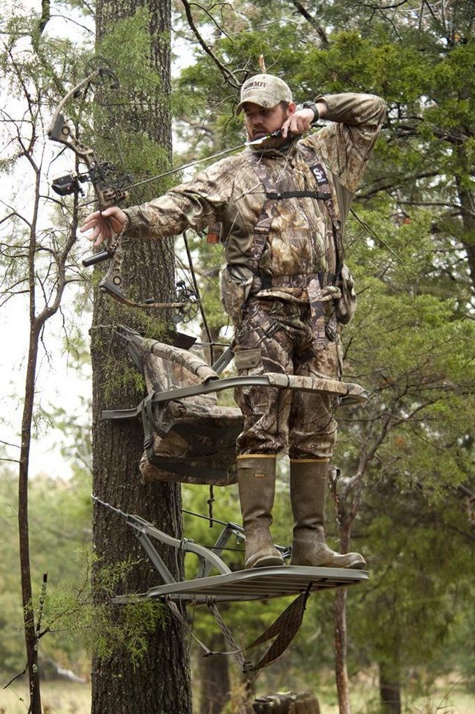 Summit Goliath SD Treestand by Summit Treestands (Image #4)