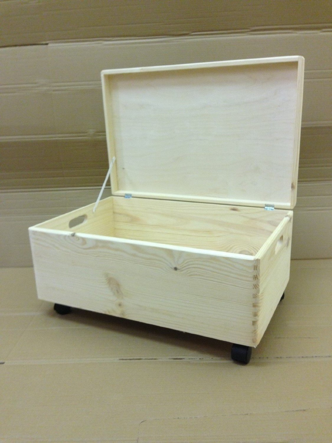 Amazon.com: Large Unpainted Wooden Chest Box With Castors And Lid/ Trunk  Storage Unfinished Toy Box 60x 40x 24cm By HomeDecoArt: Appliances