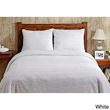 Amazon Com 1 Piece Oversized Queen Bedspread Chenille White