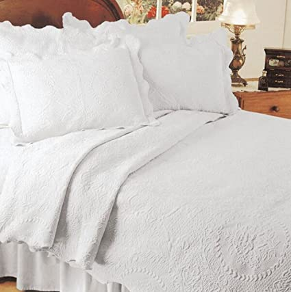 English Rose Matelasse Coverlet,King,White