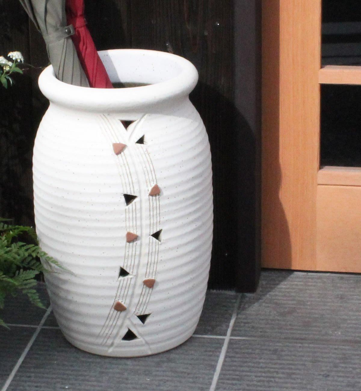 信楽焼 トライアングル壺型傘立て しがらき焼 笠立て 陶器 おしゃれ kt-0273 B01MY8UBR9