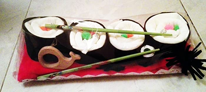 Set de regalo Sushi (pañales ecológicos + mordedor de madera + calcetines)
