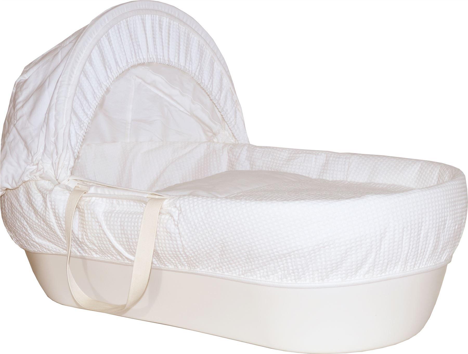Shnuggle Basket Cream With White Waffle Dressings