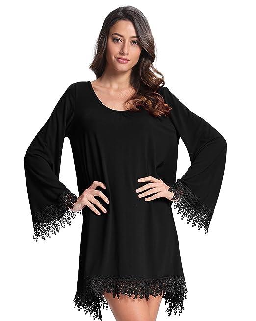 Vestido negro corto cuello v