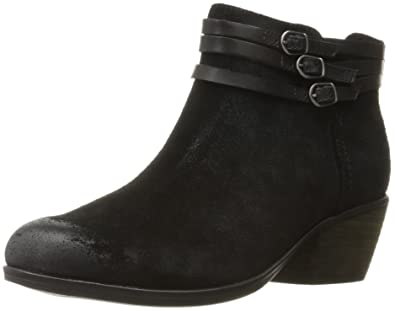 clarks ladies black suede shoes