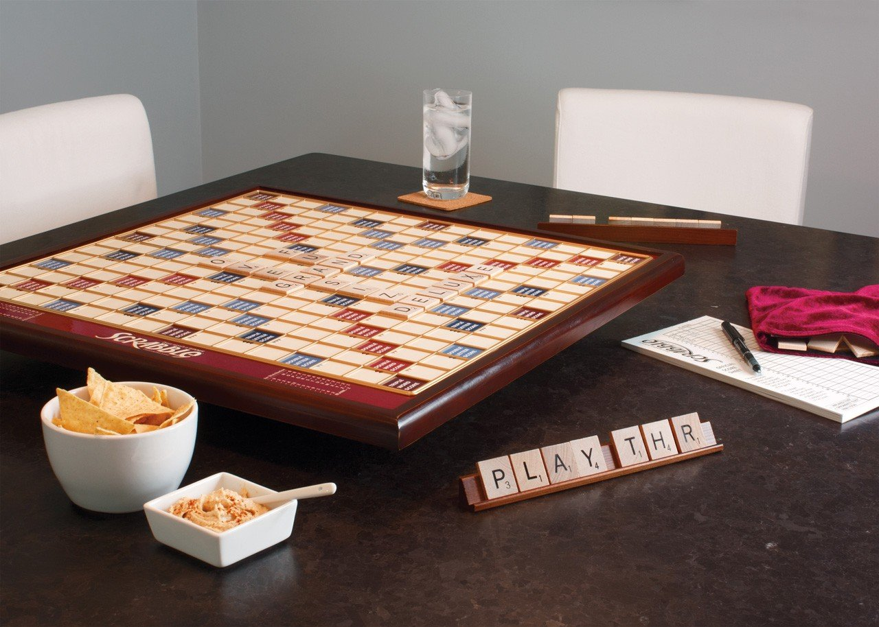 amazon com deluxe giant scrabble game toys u0026 games