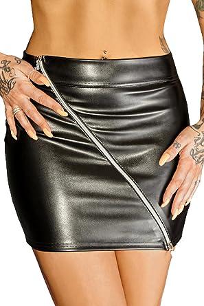 Schwarzer Minirock aus Leder-Imitat mit Reißverschluss Wetlook Rock kurz  Damen  Amazon.de  Bekleidung 58bf69ffee