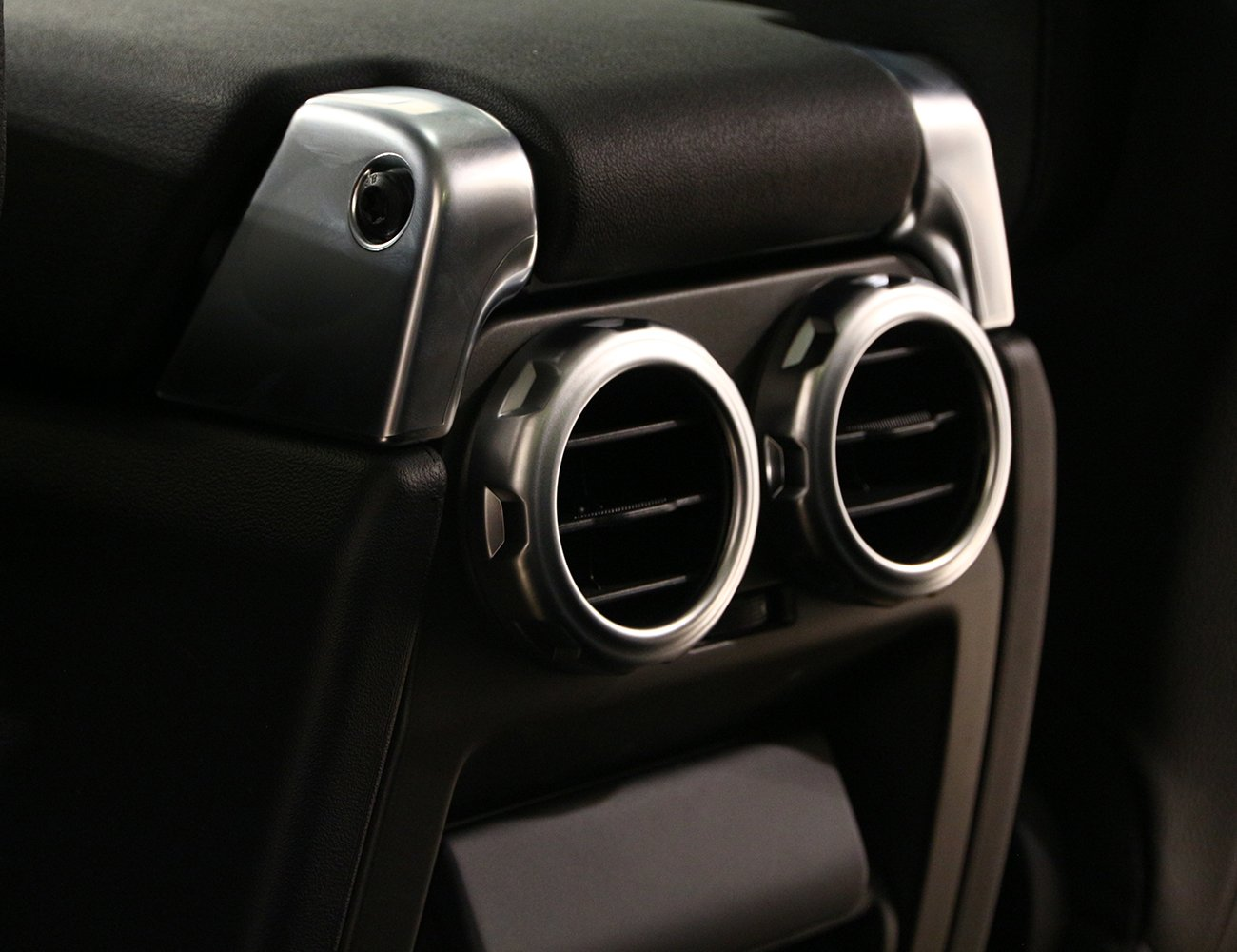 METYOUCAR ABS Chrome Car Rear Air Outlet Vent Ring Decoration Sticker