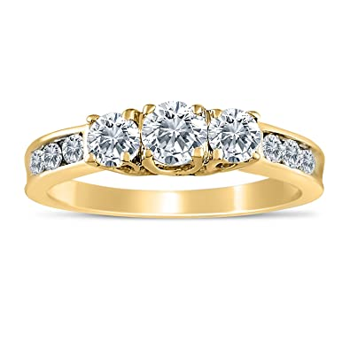 1.00ctw Diamond Three Stone Ring in 10k Yellow Gold