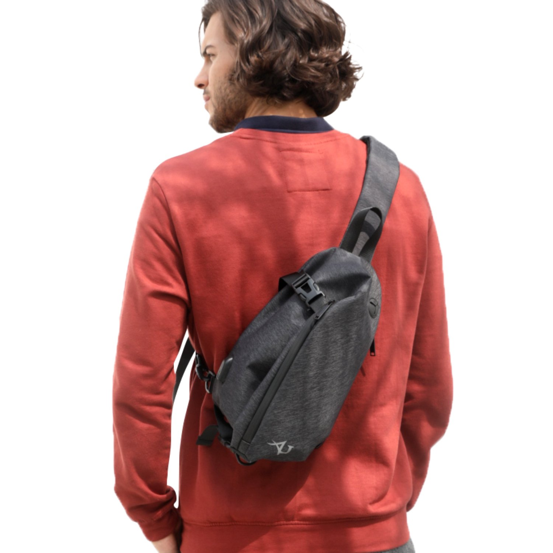 AH ARCTIC HUNTER Small Sling Backpack Chest Cross Body Bag for Men Ipad Lightweight Shoulder Bag (Black)