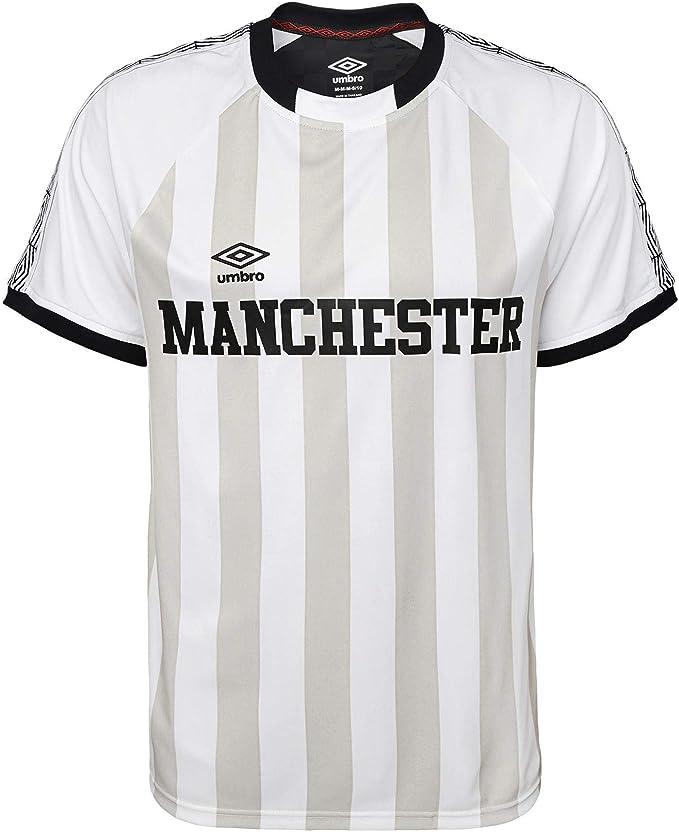 Amazon Com Umbro Men S Manchester United Vintage Soccer Jersey Color Options Clothing