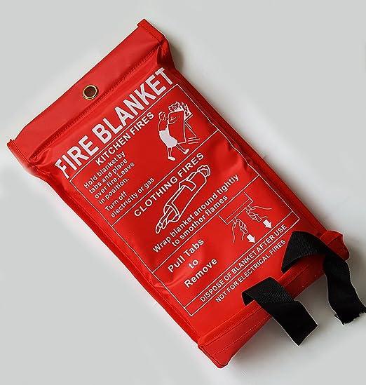 6 opinioni per Fire Blanket 1m x 1m by TopChef