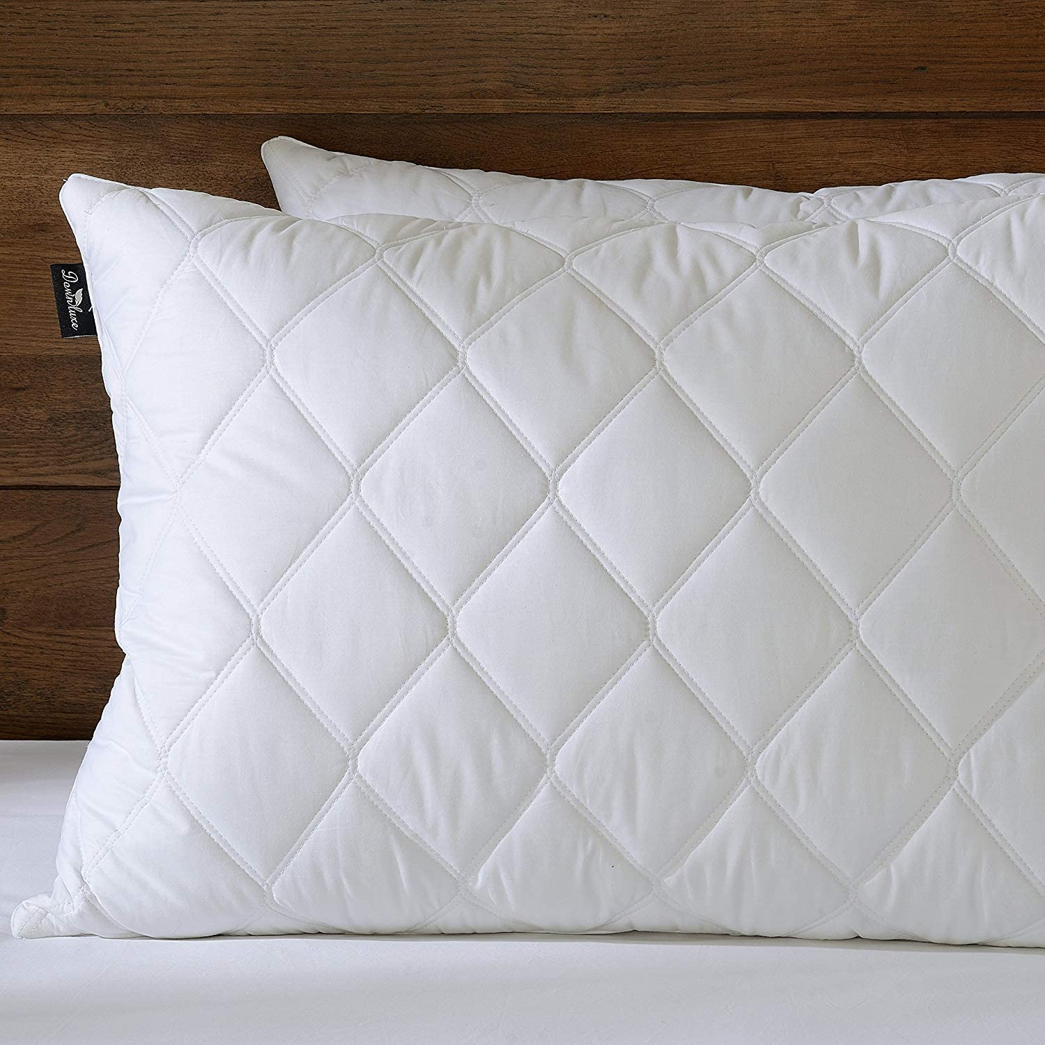 Amazon Com Downluxe Quilted Down Feather Pillows 100 Cotton Downproof Cover Suprior Quality Bed Pillows For Sleeping Set Of 2 Queen 20x28 Home Kitchen