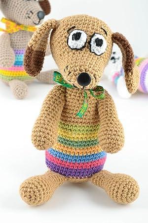 Juguete de peluche tejido artesanal perro bonito con lazo para nino