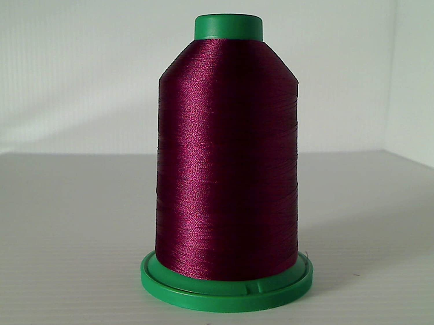 2300 Isacord Embroidery Thread 5000m 2211-2363