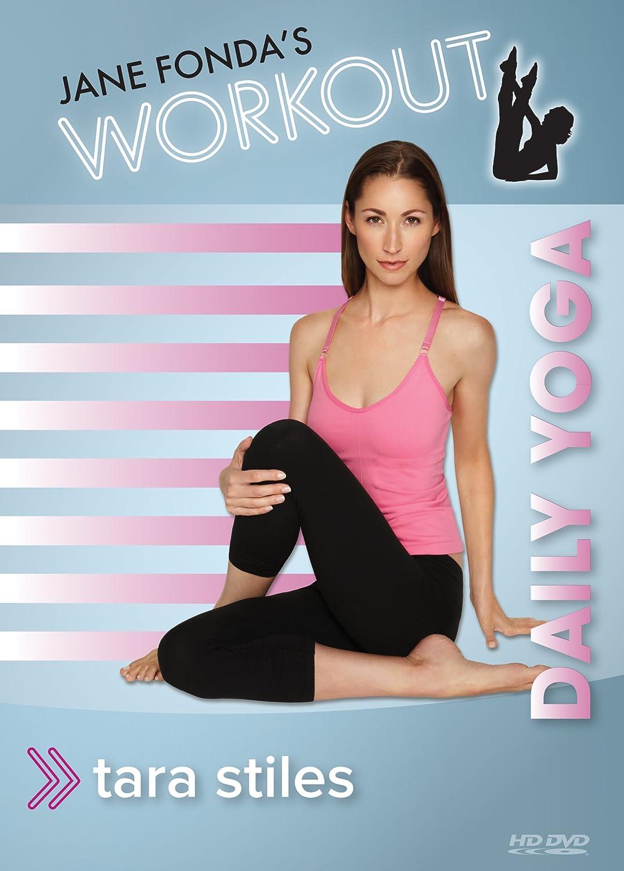 Jane Fondas Workout: Daily Yoga with Tara Stiles: Amazon.es ...