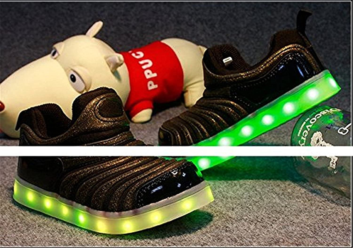 xiaoyang Kids LED Light Up Shoes Flashing Sneakers for Girls Boys Halloween