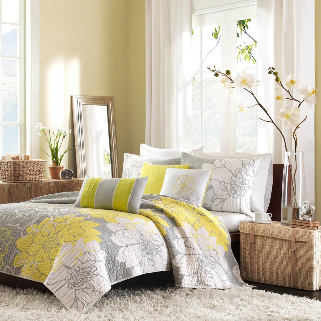 Madison Park Lola Full/Queen Size Quilt Bedding Set - Yellow, Grey, Floral, Flowers – 6 Piece Bedding Quilt Coverlets – Cotton Sateen, Cotton Poly Crossweave Bed Quilts Quilted Coverlet