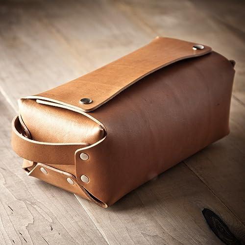 Amazon.com  Leather Toiletry Kit 861edf5b89f32
