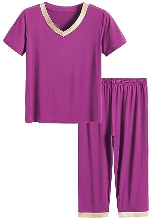 8d639d6a7b5d Latuza Women s Sleepwear Tops with Capri Pants Pajama Sets at Amazon ...
