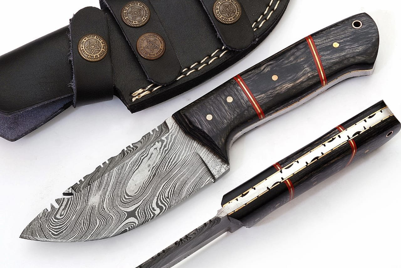 SharpWorld Beautiful Damascus Knife Made Of Remarkable Damascus Steel and Exotic Handle -Best Hunting Knife With Sheath TJ102 (Black Wood)