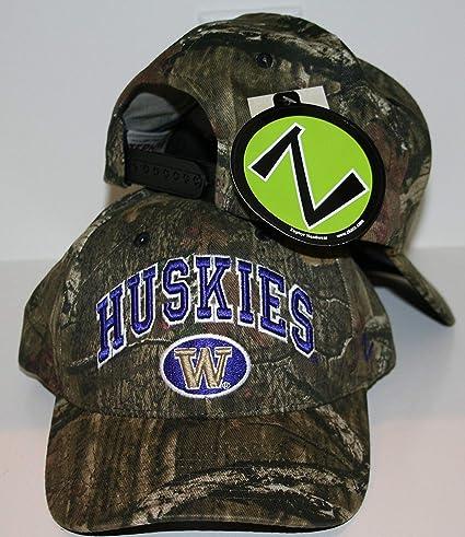 24c2c765166 Amazon.com   ZHATS University of Washington UW Huskies Camo Cotton ...