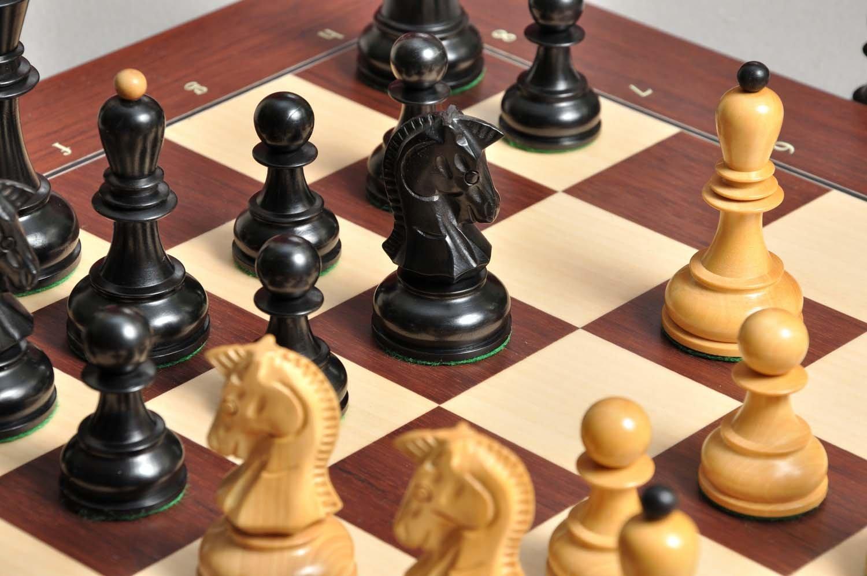 La dgt proyectos electrónicos tablero de ajedrez (Eboard) - Bluetooth palisandro - con Ebonized Dubrovnik - Piezas de ajedrez por la casa de Staunton: ...