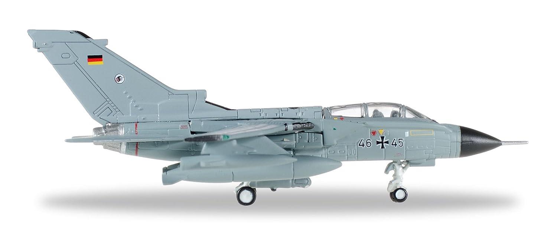 ヘルパ 1/200 パナビア トーネード TaktLwG 51 Immelmann インジルリク空軍基地 46+45 完成品 B01M8PEEQ7