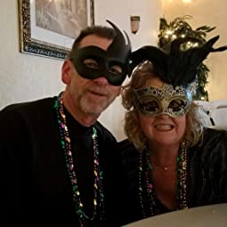 Amazon Com Couple Masquerade Mask Women Men Mardi Gras His And Her Mask Halloween Venetian Feather Party Mask A Black Clothing