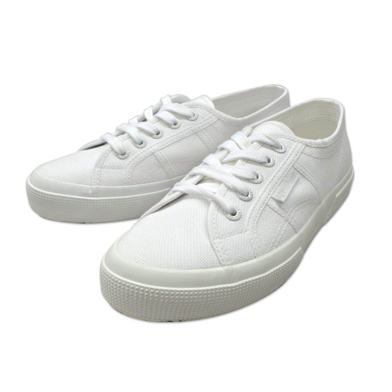 大人女子におすすめなきれいめスニーカーが揃うブランドのスペルガの白スニーカーの画像