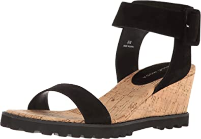5e4423f2306 Pelle Moda Women s Rian Black Suede Sandal