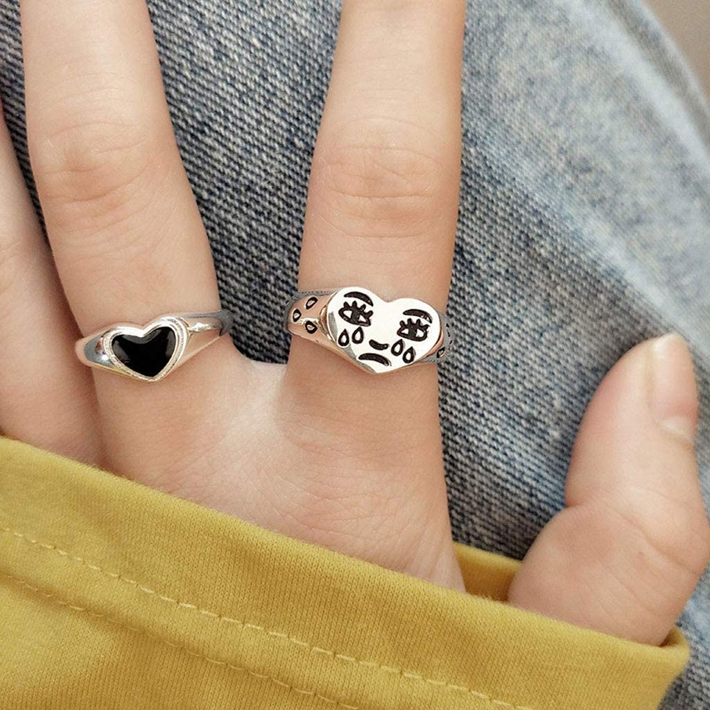 yuwei 2Pcs Crying Face Heart Rings Women Vintage Adjustable Rings Band Kit Jewelry