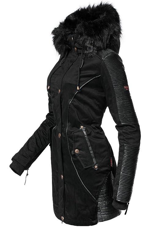 Schwarzer mantel fusselt