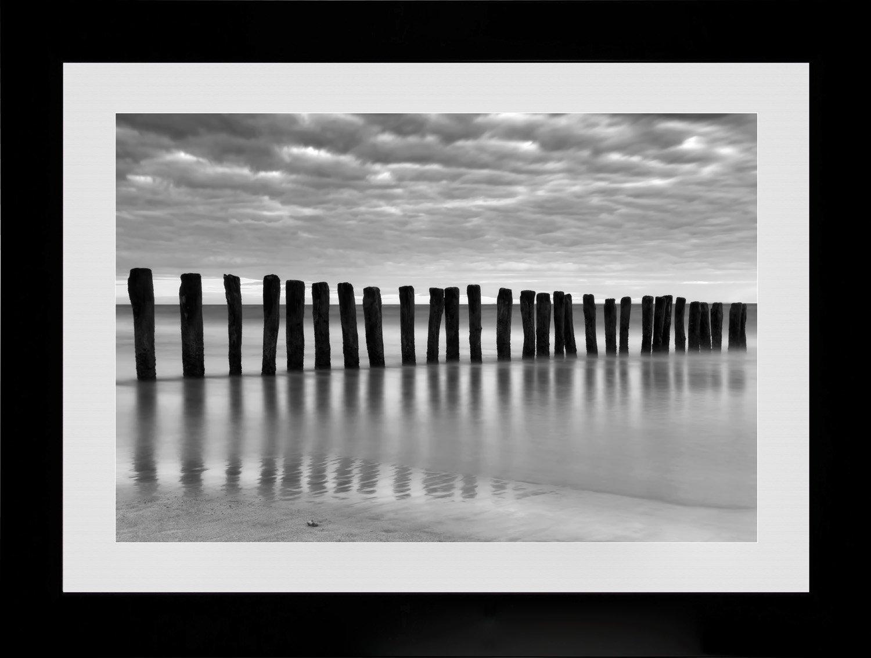 ARTESTOCK Fotografie Schwarz und Weiß mit Rahmen und Glas. Aussenmaß 81x 61cm
