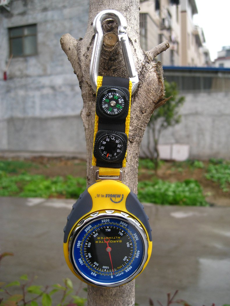 Four - in - one altitude meter ( altimeter / thermometer / compass / barometer ) bkt 381