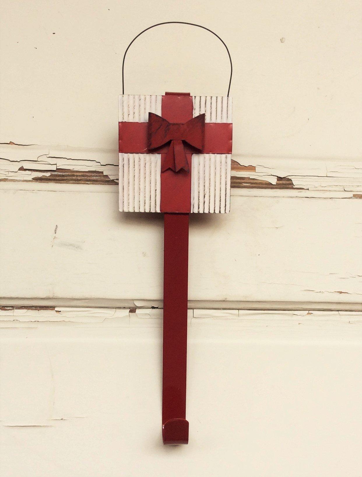 AG Designs Christmas Decor - Decorative Wreath Door Hanger IVORY Metal Gift