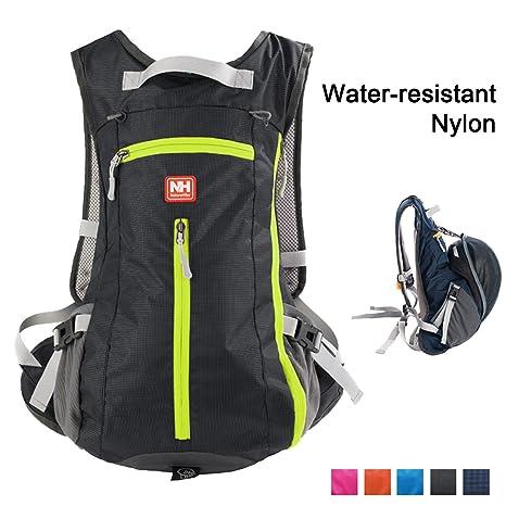 Amazon.com   Soloom 15L Hiking Daypacks 1d0e26a3891b1