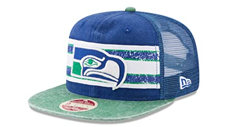 Amazon.com   Seattle Seahawks New Era Vintage Throwback Stripe ... c8e5f69ce7d