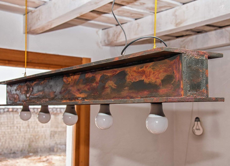 Lámpara Viga. Luz colgante de traviesa de hierro oxidado. Diseño de autor. Decoración industrial con aires vintage. Tamaño personalizado.
