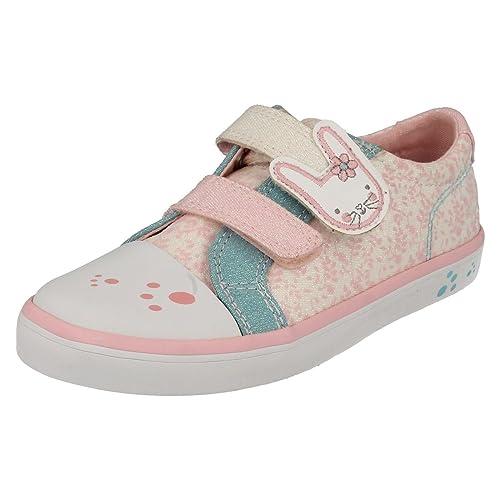 ec14609dec3 Clarks Gracie BEA Girls Infant Canvas Shoes  Amazon.co.uk  Shoes   Bags