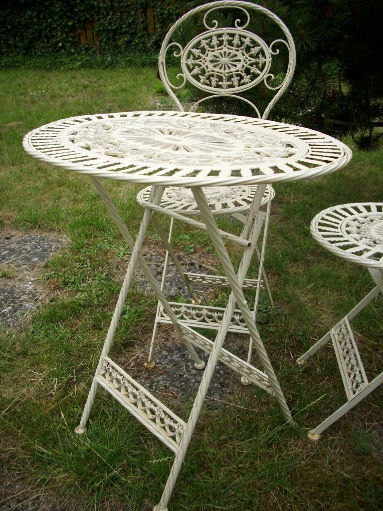 Gartenmobel weis metall  Amazon.de: Metalltisch mit 2 Stühlen, antik - weiß, als ...
