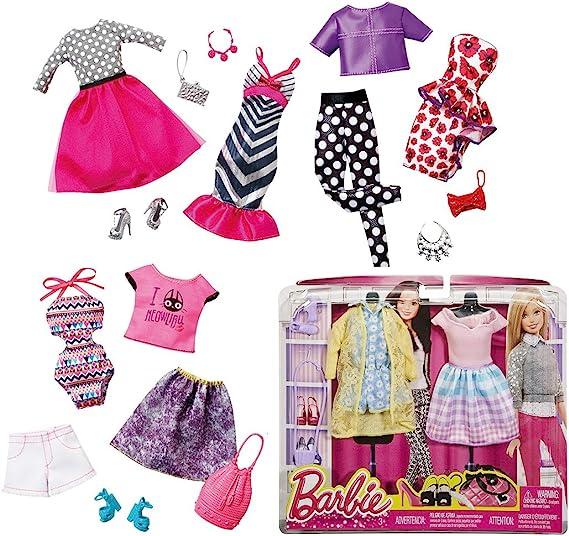 Amazon.es: Barbie Fashion Pack 2 Vestidos Surtido (Mattel CFY06): Juguetes y juegos