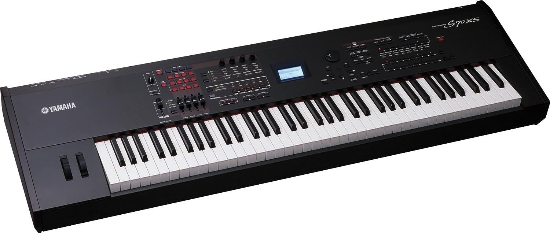 Yamaha S70XS Synthesizer
