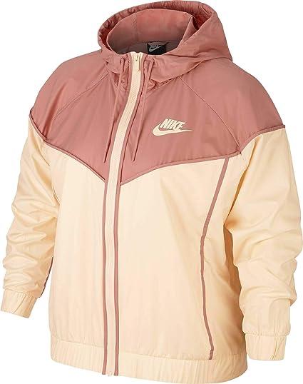 0af57b87a62f7 Nike Women's Plus Size Sportswear Windrunner Jacket at Amazon ...