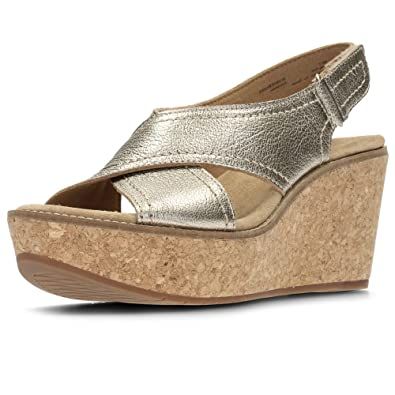 5f8ceef6f3f0 Clarks Aisley Tulip Womens Wide Wedge Heel Sandals 8.5 Gold  Amazon ...