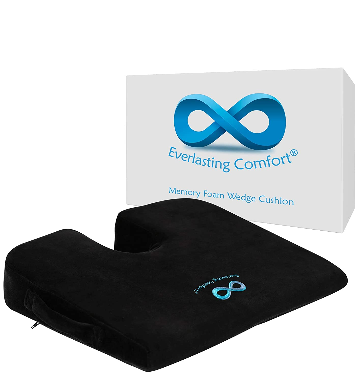 482b26eaeb67f Amazon.com: Everlasting Comfort 100% Pure Memory Foam Wedge Seat Cushion,  Body Heat Responsive, Orthopedic U Cut-Out Design to Relieve Pain, Car  Cushion: ...