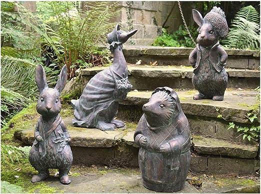 FandG Supplies - Juego de 4 figuras decorativas para jardín Beatrix Potter, diseño de Peter Rabbit, Benjamin Bunny, Mrs Tiggy Winkle y Jemima Puddle-Duck, acabado a mano con un acabado verde envejecido: