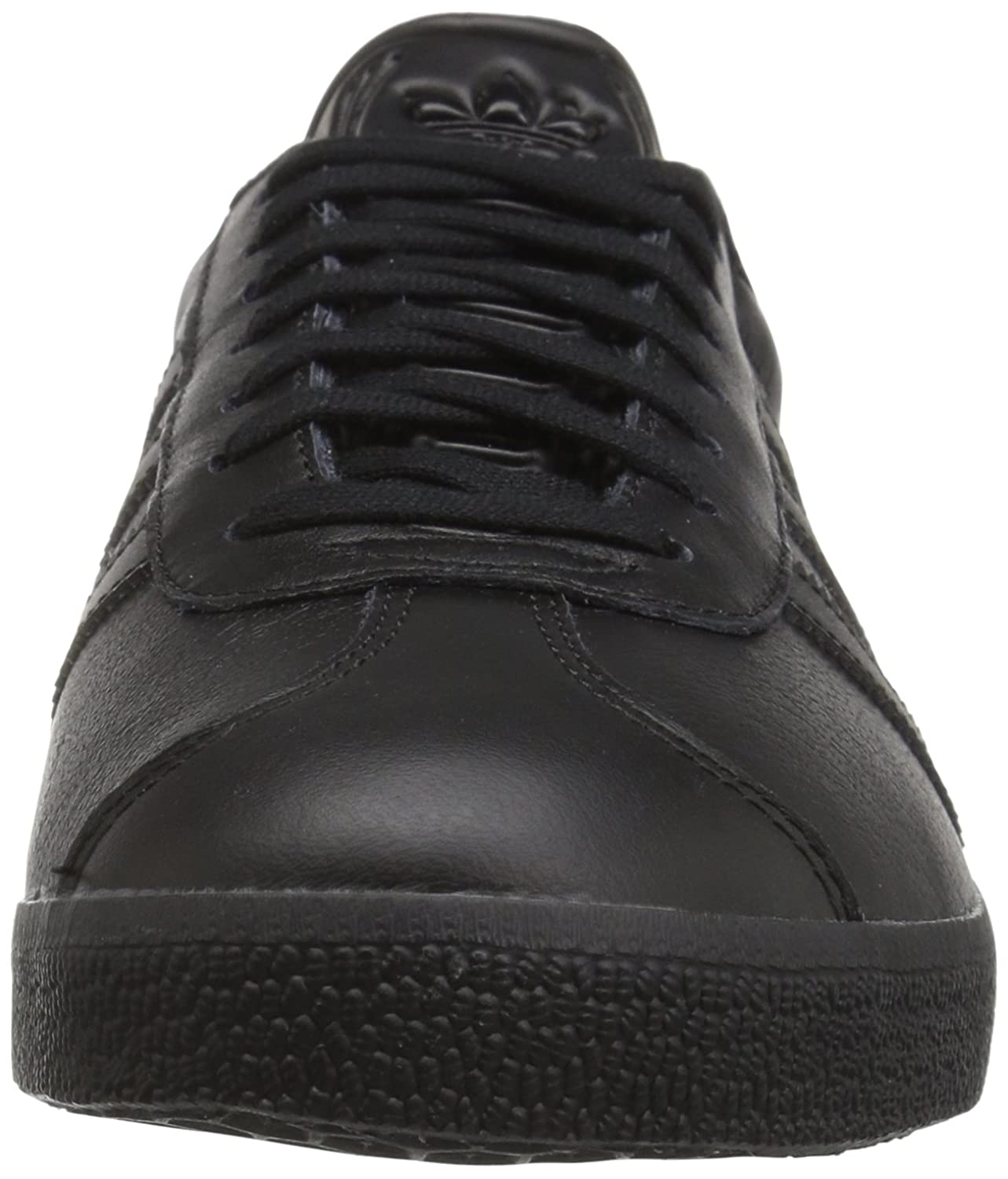 Amazon.com | Adidas Originals Men\u0027s Gazelle Lace-up Sneaker | Fitness \u0026  Cross-Training