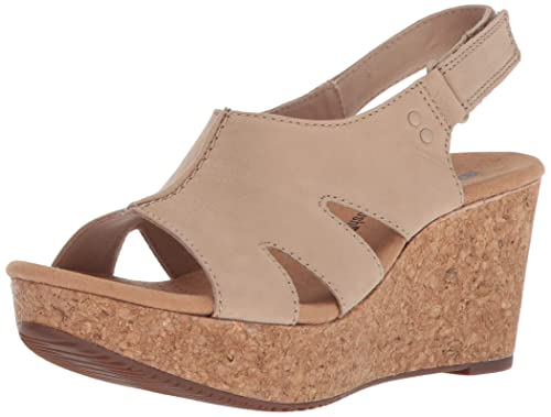 c4437a88db8e Clarks Women s Annadel Bari Wedges  Amazon.ca  Shoes   Handbags